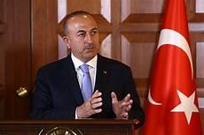 ministro ottomano sanzioni per gli s 400 la turchia non 200 realmente nella