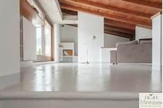 prezzo pavimento resina pavimenti in resina prezzi a partire da 30 eur al mq