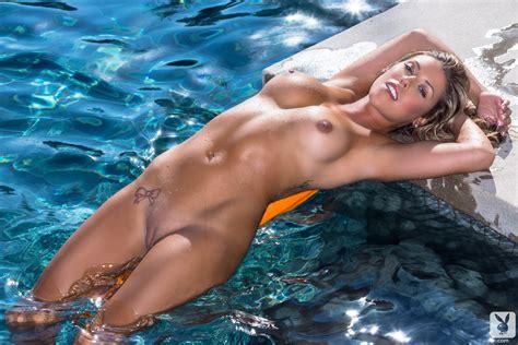 Very Sexy Nude Girls