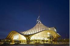 shigeru ban architects shigeru ban an architect of social change the new york