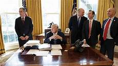 trump s internal states resolute desk thermometer february 11 2017 ongoing election 2016