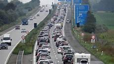 Verkehr Im Norden Ssw Will Parallel Zur A 7