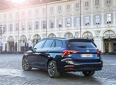 fiat tipo station wagon lounge fiat tipo lounge 1 6 multijet station wagon estate 2017 review car
