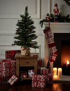 Gambar Pohon Natal 2018