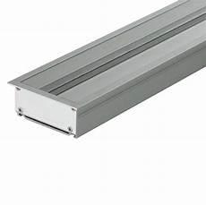 goulotte electrique design eubiq goulotte 233 lectrique en aluminium encastrable