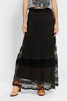mit rock outfitters hazel twotone lace maxi skirt in black