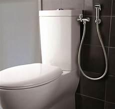 douchettes applique wc exterieure avec douchette a