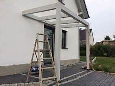 ueberdachung mit polyester wellbahn selbst 220 berdachung hauseingang selber bauen