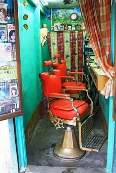 cocktail d été 74201 a barber shop in varanasi india barber shop varanasi india travel