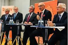 glaserei stuttgart west podiumsdiskussion zur zukunft der wirtschafts und