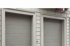 porte garage sezionali modello portone sezionale con pannello verniciato