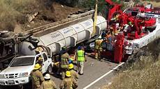 highway 41 accident yesterday accident on highway 41 closes it down for hours kmph