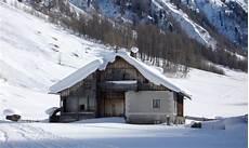 Malvorlage Haus Mit Schnee Www Djwahu At Feber Dsc04750 Kasern Haus Schnee