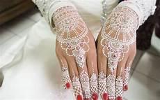 Motif Gambar Henna Tangan Sederhana Mehndi Designs