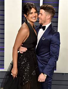 nick jonas priyanka chopra nick jonas priyanka chopra at vanity fair oscars