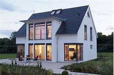 satteldach haus modern mh hannover luxhaus klassiker satteldach home