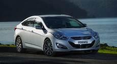 Hyundai I40 Premium Adds Safety Features Photos 1