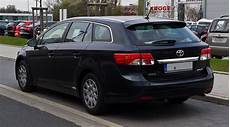 file toyota avensis combi iii facelift heckansicht 1