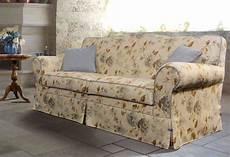 divanetti classici divano classico provenza divani classici personalizzati