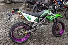Klx 150 Modif Supermoto Murah by 40 Gambar Modifikasi Kawasaki Klx 150 Keren Terbaru