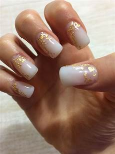 white gel nails with gold foil unghie capelli e