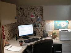 haleigh s blog office cubicle decorating thrifty ways to make your cubicle cozy