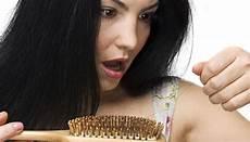 alimenti per rinforzare i capelli come rinforzare i capelli in modo naturale dieta e rimedi