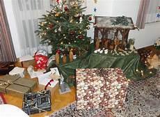 senioren sind w 228 hrend der advents und weihnachtszeit