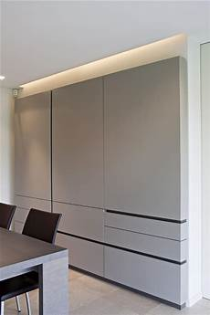 kabellose tischle led wonderful finger pulls on these cabinets the blueprint