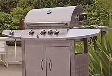 entretien barbecue gaz nettoyer et stocker barbecue