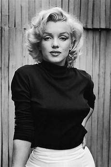 6 conspiracy theories about marilyn monroe s death how did marilyn monroe die