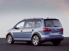 Neuer Vw Cross Touran Autoguru At