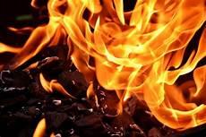 richtig feuer machen grillh 252 tte