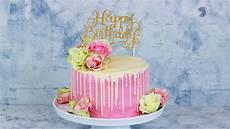 torte zum geburtstag happy birthday torte geburtstagstorte mit echten