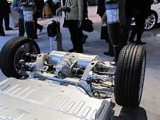 Chassis And Rear Suspension Of Tesla S At NAIAS 2012