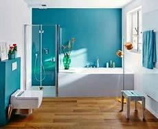 Holzfliesen Und Wandfarbe Bad Kleine Badezimmer