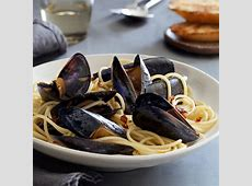 mussels with garlic   white wine_image