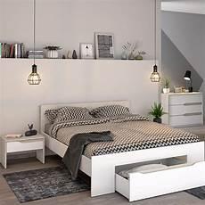 luminaire de chambre plafonnier pour la chambre 15 id 233 es tendance but