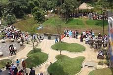 Bandung Merdeka Tanpa Lahan Parkir Taman Taman Di