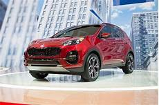 2020 kia sportage 2020 kia sportage debuts with updated styling and a lot