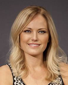 best haircuts for fine hair oval face high forehead best hairstyles for girls with high