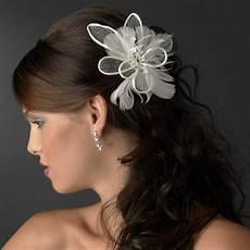 accessoire fleur cheveux mariage bijoux de tete mariage plume
