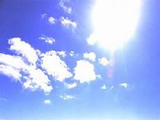 Ibu Matahari Yang Selalu Bersinar Agus Riyanto