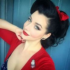hair pin up on a 40 pin up hairstyles for the vintage loving