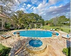swimmingpool luxus im eigenen eigenen swimmingpool im garten kann nicht nur traum und