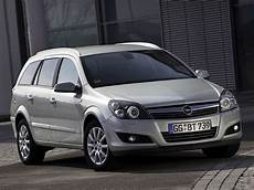astra h caravan the new opel astra h family caravan prices and equipment