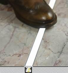led da pavimento profilo led calpestabile floor12 per pavimenti e pareti