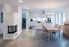 wohnen mit beton wundersch 246 n verarbeiteter betonfu 223 boden quot b 233 ton floor quot no