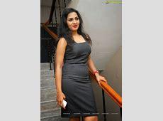 Srushti Dange hot sexy navel show tight skirt spicy
