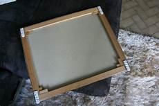 comment accrocher un tableau sans percer comment accrocher un tableau sans faire de trou au mur